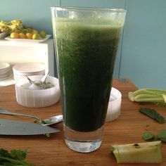 Green smoothie using the Tribest Personal Blender!