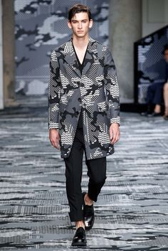 Neil Barrett Spring 2016 Menswear - Collection - Gallery - Style.com