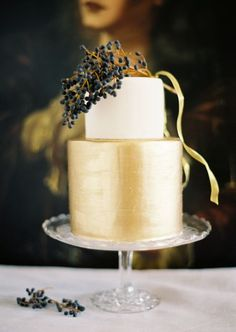 Gold and cream cake with berries by My Sweet and Saucy photographed by Jose Villa via Style Me Pretty