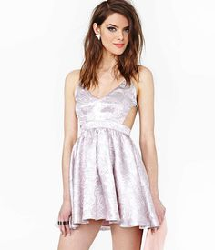 20 Sexy Metallic Dresses - Gold, Silver, and Sequin Metallic Dreses - Cosmopolitan