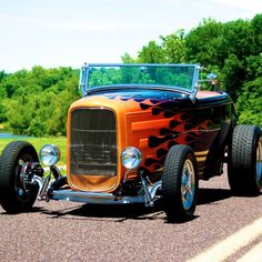 American Hot Rod | 1932 Ford HighBoy Roadster | MotoeXotica Classic Car Sales #hotrodclassiccars