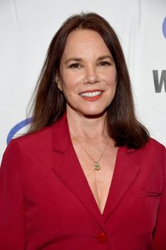 Barbara Hershey Born: Febuary Former Girlfriend of David Carrdine she starred along side David Carridine in TV Series Kung-Fu as Na Chi. Hollywood Theater, In Hollywood, Hannah And Her Sisters, Barbara Hershey, John Ford, February 5, Falling Down, Famous Women, Celebs