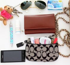 What's in my purse | Style Check