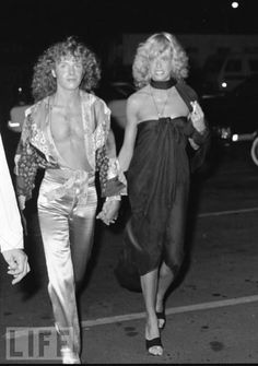 Peter Frampton and Penny McCall. Hollywood Couples, Old Hollywood, Frampton Comes Alive, Peter Frampton, Tina Fey, Great Women, Celebs, Celebrities, Great Bands