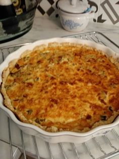 Raparperi-pekonipiirakka Macaroni And Cheese, Pizza, Ethnic Recipes, Food, Mac And Cheese, Essen, Meals, Yemek, Eten