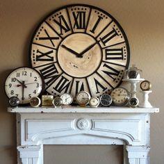 This vintage cloud lamp is so modern. Large Mantel Clocks, Big Clocks, Wall Clocks, Clock Display, Clock Decor, Cloud Lamp, Antique Clocks, Vintage Clocks, Fireplace Design
