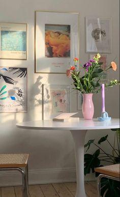 Room Ideas Bedroom, Bedroom Decor, Interior Design Minimalist, Pastel Room, Aesthetic Room Decor, My New Room, House Rooms, House Design, Home Decor