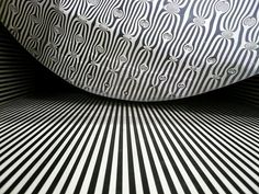 Trame Alterée - Kinetic Object by Julio le Parc    relief 1/9 - stainless steel - 60x60x60 cm - 1965