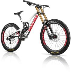 The new Santa Cruz V10, the most successful DH bike of all time