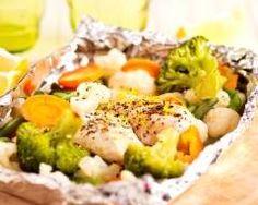 Darnes de cabillaud en papillote : http://www.cuisineaz.com/recettes/darnes-de-cabillaud-en-papillote-32340.aspx