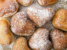 Fašiangové šišky - Recept pre každého kuchára, množstvo receptov pre pečenie a varenie. Recepty pre chutný život. Slovenské jedlá a medzinárodná kuchyňa Valspar, Pretzel Bites, Hamburger, Food And Drink, Bread, Snacks, Baking, Dinner, Cook