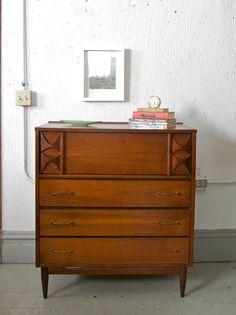 Mid Century Modern 5 Drawer Tall Boy Dresser  / Gentleman's Chest  in the Style of Kent Coffey Broyhill Brasilia