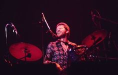 Levon Helm, a legend was lost today.