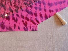 Free pattern and tutorial for No Tie chemo Scarf.  You can find the pattern here. The pattern is fre...