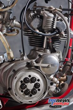 Motorcycle News, Motorcycle Engine, University Of Manitoba, African Antelope, Cycle Parts, Stopping Power, 50cc, Machine Tools, Museum