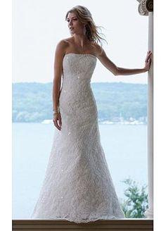 Stunning Princess Lace Strapless Wedding Dress