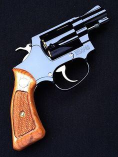 Revolver Pistol, Handgun, Firearms, Smith And Wesson Revolvers, Smith N Wesson, 357 Magnum, Rifles, Colt Python, Pocket Pistol