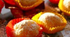 αμυγδαλωτά απ' την Τήνο με μανταρίνια Χίου - Pandespani.com Greek Sweets, Christmas Time, Bakery, Muffin, Candy, Cookies, Chocolate, Breakfast, Truffles