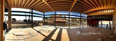 Montaje de cubierta con estructura de entramado ligero en madera. Maráu Beach Club, Puerto Rey, Vera, Almería.  Mas información T: 687031565 e: info@navarrolivier.com w: https://navarrolivier.com/