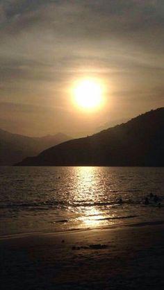 Por do sol na Praia do Saco