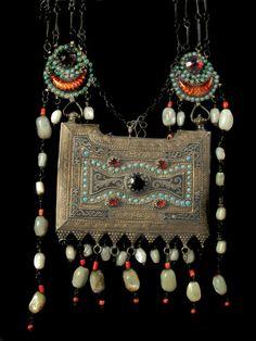 Uzbekistan | Silver, gilt, coral, turquoise, glass pearl | 19th century