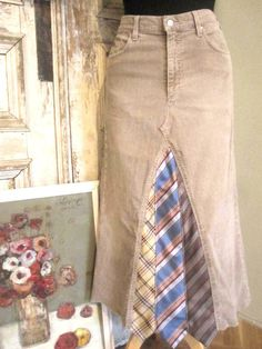 corduroy skirt outfit - fun idea to upcycle old ties!