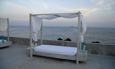 Dossel Bed at Coconuts (Cascais) sea view wedding by the sea atlantic ocean travel sunset
