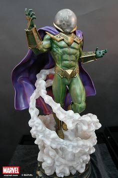 Capturing a fictional supervillain from Marvel Comics, XM Studios brought us Mysterio Statue detailed on a scale, limited to only 800 pieces worldwide. 3d Figures, Custom Action Figures, Anime Figures, Marvel Villains, Marvel Heroes, Marvel Characters, Marvel Statues, Cosplay Anime, Poses References