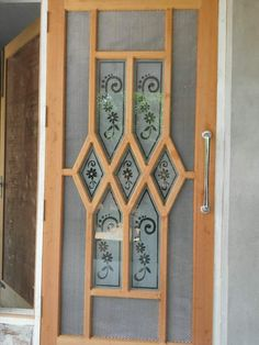 Benefits that you could derive by using the interior wood doors for your home or office. Indian Window Design, Indian Main Door Designs, Wooden Window Design, Discount Interior Doors, Oak Interior Doors, Internal Wooden Doors, Wood Doors, Pine Doors, House Main Gates Design
