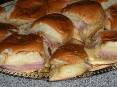 NOT A REAL HOUSEWIFE: Mini Ham Sandwiches on Hawaiian Rolls