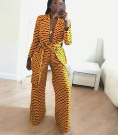 African print Ankara wide leg pants and blazer African jacket african duster African wax kimono and pants Africain impression Ankara pantalon large et blazer veste African Print Dresses, African Print Fashion, African Fashion Dresses, African Dress, Fashion Prints, African Outfits, Ankara Fashion, Modern African Fashion, Africa Fashion