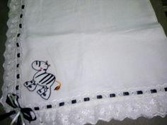 Fralda decorada com aplique