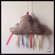 Doudou de décoration nuage rubans