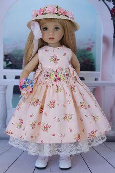 https://www.flickr.com/photos/dollheirloomdesigns/shares/P9fA49   Doll Heirloom Designs's photos