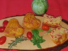 Lulu - Povesti din Bucatarie: Briose aperitiv cu dovlecel Mozzarella, Banana
