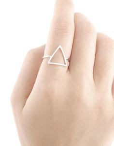 7,50€ - SILVER PYRAMID RING   SRTALAURIS, jewelry&design Heart Ring, Silver Rings, Jewelry Design, Fabric, Handmade, Shopping, Style, Fashion, Tejido