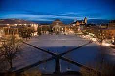 A clear, snowy night at Syracuse University