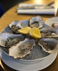Oysters at Hawksmoor Borough
