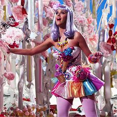 Katy P/ erry Costume Google Image Result for http://images.dailyfill.com/4625321a8cfb4bc0_914aa83ff29115d3/o/katy_perry_300.jpg