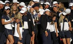 Ryder Cup images: The funniest images from Hazeltine | RyderCup.com Ryder Cup, News Media, Funny Images, Dresses, Fashion, Vestidos, Moda, Gowns, Funny Pictures