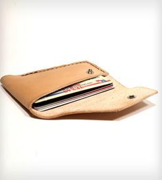 Know When to Fold Em Wallet By Motor Street Leather & Stuff. Nice simple, rugged wallet.