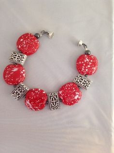 Canton (Kazuri Beads), bracelet, red and white, clay beads, painted beads, handmade jewelry
