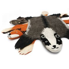 Not into an actual animal skin on your floor? These felted rugs are the perfect solution! #stuffdot