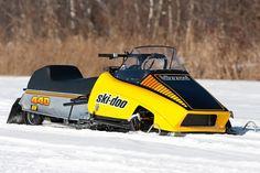 Vintage 1978 SkI Doo Blizzard 440 sno pro in Transportation Vintage Sled, Vintage Cat, Vintage Racing, Ski Doo, Snow Toys, Snow Vehicles, Snow Sled, Snow Machine, 4 Wheelers