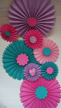 Check out this item in my Etsy shop https://www.etsy.com/listing/385955286/rosettes