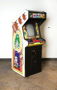 Dig Dug arcade game1982