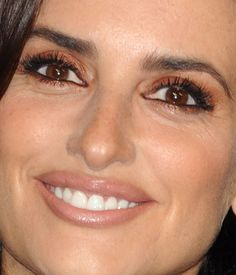Brown-eyed girls, Penélope Cruz is wearing the most amazing shade of eyeshadow here, and you should copy it