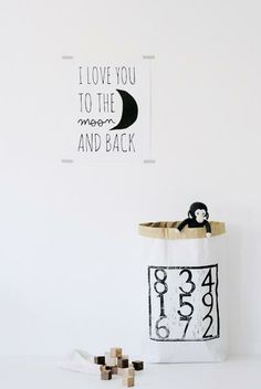 http://www.bynoth.nl/a-36103043/posters/poster-i-love-you-to-the-moon/