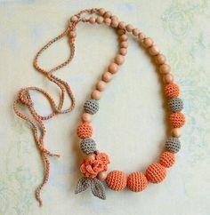 Items similar to nursing necklace – teething necklace – salmon – grey on Etsy nursing necklace teething necklace by bysiki on Etsy Crochet Ball, Love Crochet, Crochet Gifts, Crochet Flowers, Crochet Toys, Bead Crochet, Teething Beads, Teething Necklace, Fabric Jewelry