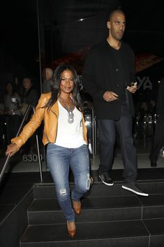 """Nia Long Photos - """"Big Momma's House"""" actress Nia Long and a male friend leave Katsuya in Hollywood. - Nia Long at Katsuya Denim Fashion, Fashion Outfits, Fashion Styles, Black Women Fashion, Womens Fashion, Nia Long, Casual Outfits, Cute Outfits, Fall Winter Outfits"""